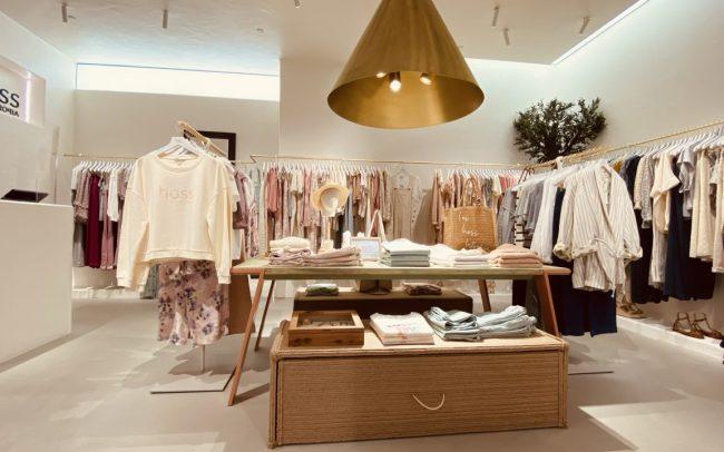 Corner tienda Cortefiel